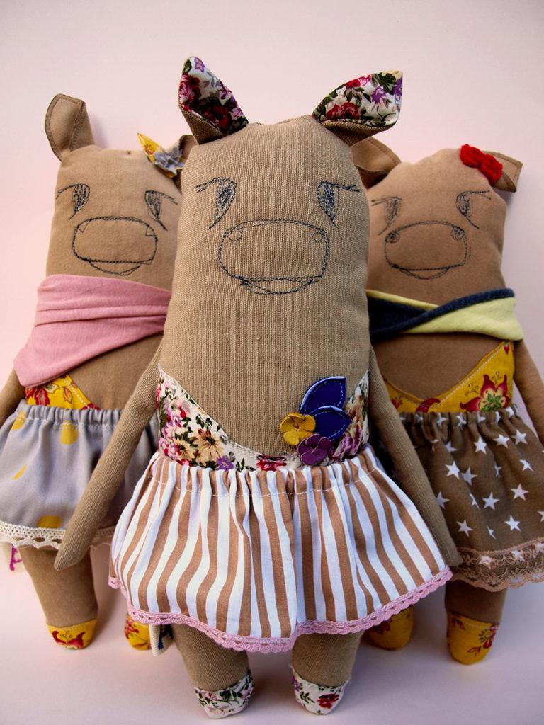 abracadabra-and-stuff-fabric-stuffed-animals-plushies-dolls-dancers