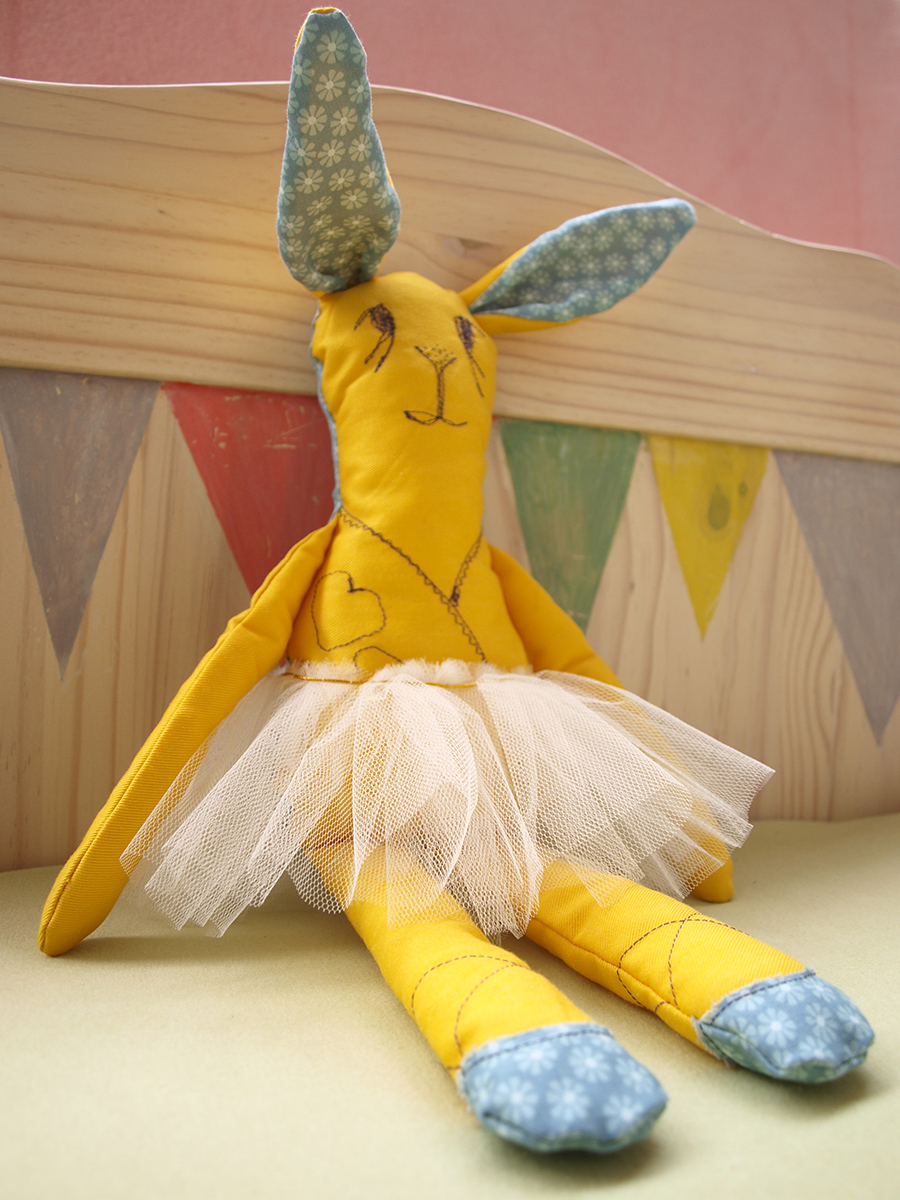 abracadabra-and-stuff-yellow-blue-handmade-rabbit