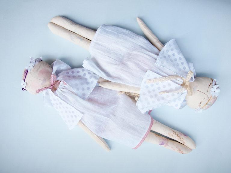 abracadabra-white-albino-nymph-rag-doll
