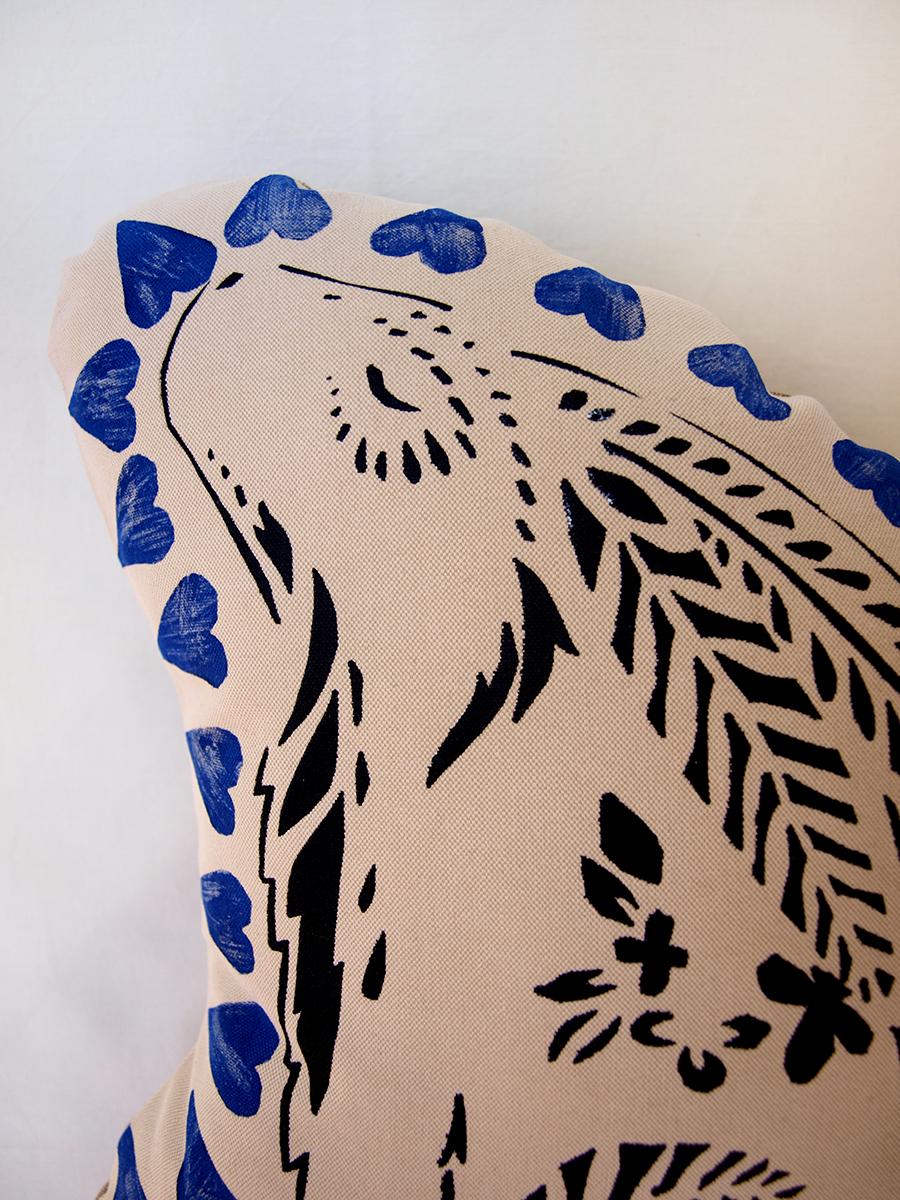blue-black-screen-print-hare-rabbit-pillow