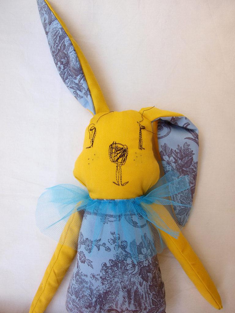 yellow-rabbit-fabric-toy-toile-tulle